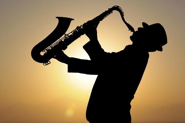 Les meilleures perspectives commerciales du marché du saxophone acoustique se développent