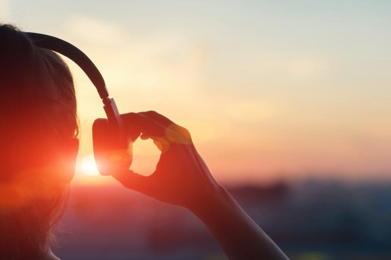Earphones and Headphones Market to See Huge Expansion in Revenue