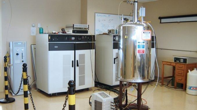 Nuclear Magnetic Resonance (NMR) Spectrometer Market Overall