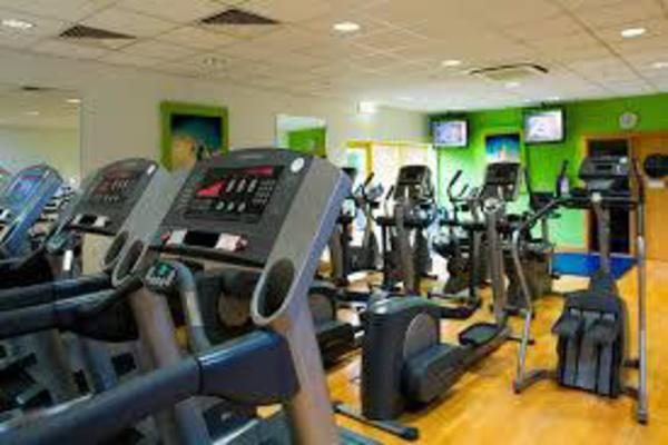 The  Gyms Health and Fitness Clubs Market report offers an extensive analysis of key drivers, leading market players, key segments