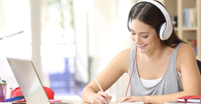 Corporate Online Language Learning Market