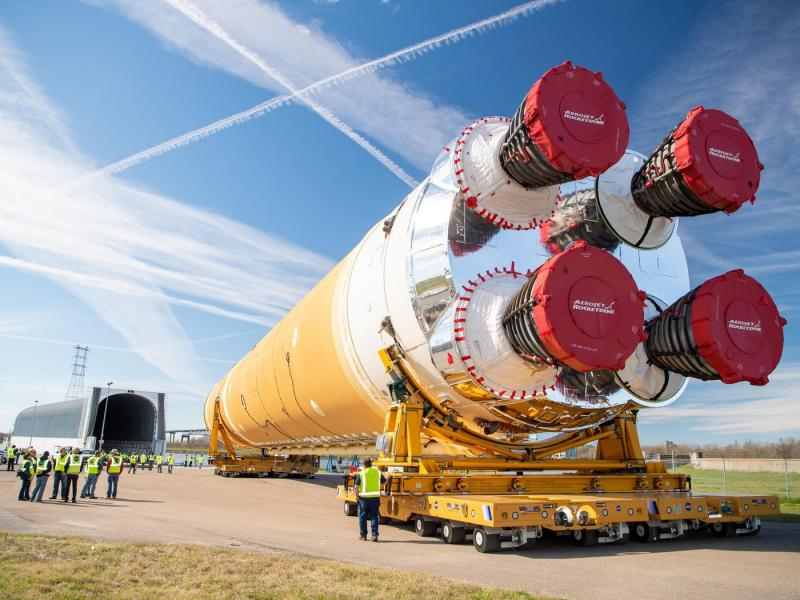 Multiple Rocket Systems Market by Launch Vehicle (Tracked