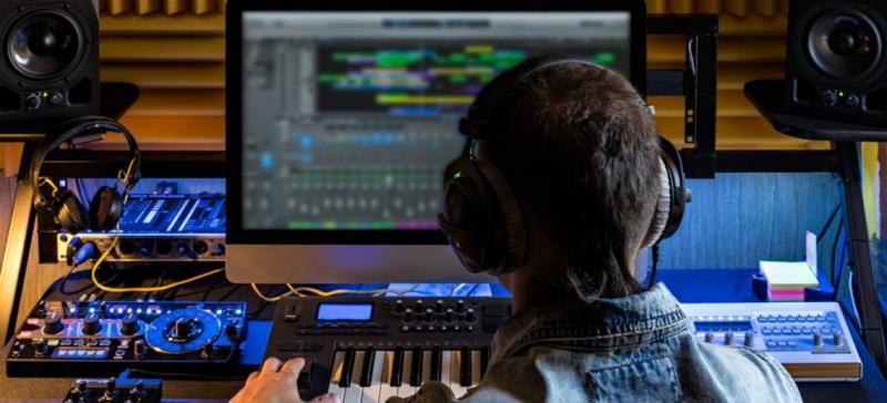 Digital Audio Workstation (DAWs)