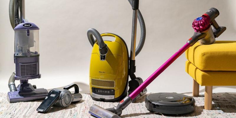 Household Vacuum Cleaners Market