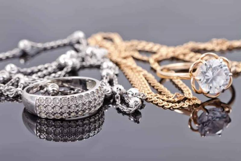 Bijoux en or et en argent