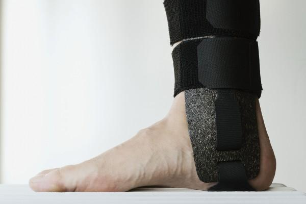 Eco-friendly splints developed for hospitals make their debut
