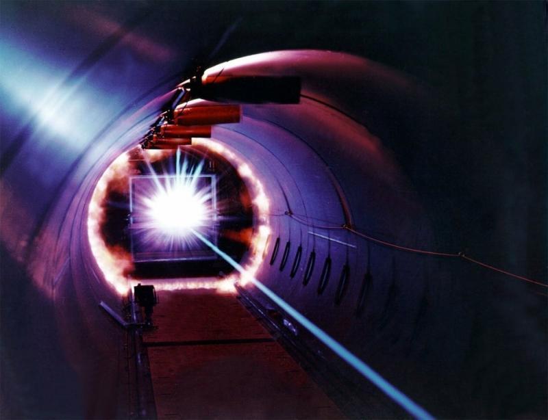 Laser Induced Breakdown Spectroscopy (LIBS)