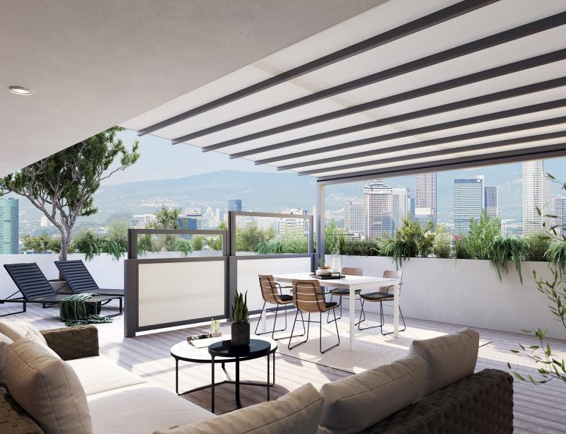 markilux has launched the height-adjustable 'format lift' system as protection against the wind and prying eyes.