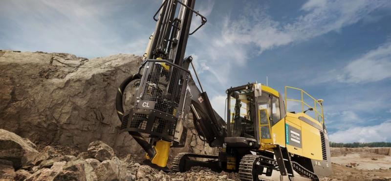 Global Surface Drill Rigs Market