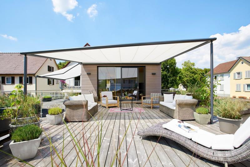 markilux 'pergola' systems are available in no less than three models which range from the petite to the highly prominent.