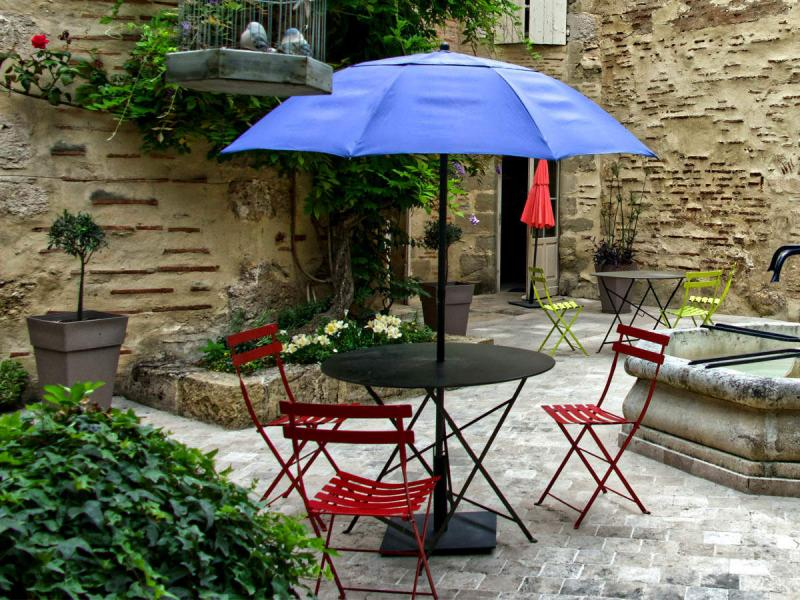 Global Patio Umbrellas Market