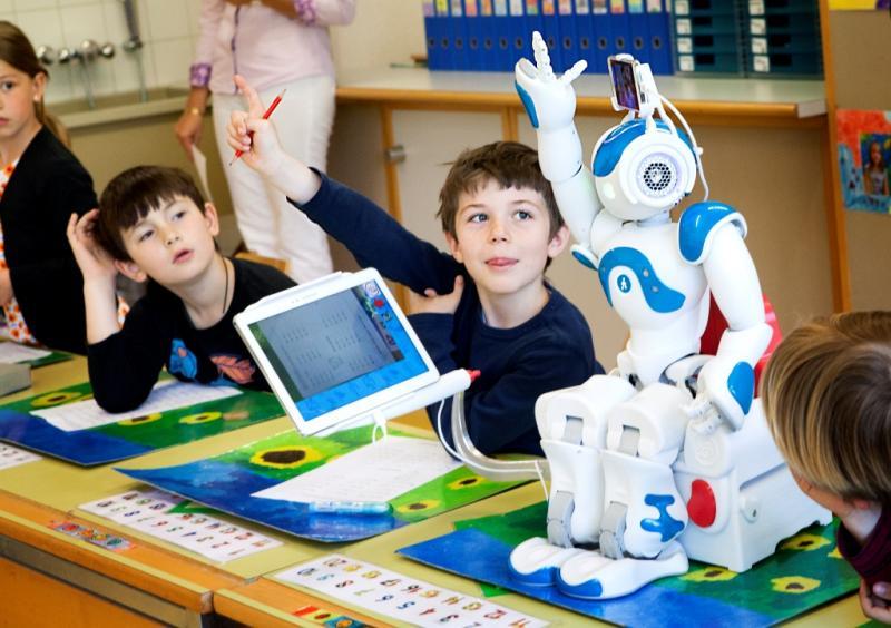 North America Educational Robot Market