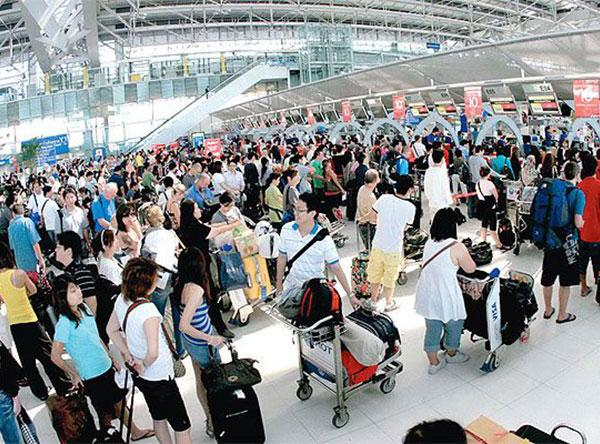 Thailand aims to double tourism by 2014