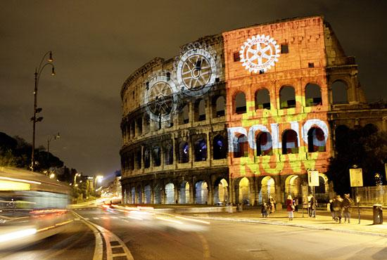 Roman Colosseum Illuminated with the EndPolioNow Message in February 2009