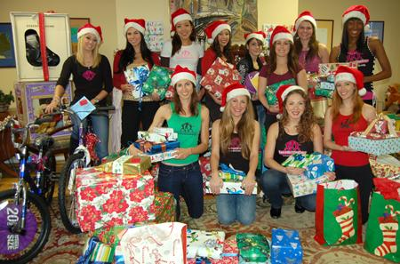 KnockOuts for Girls Deliver Toys to the Children at Hillsides