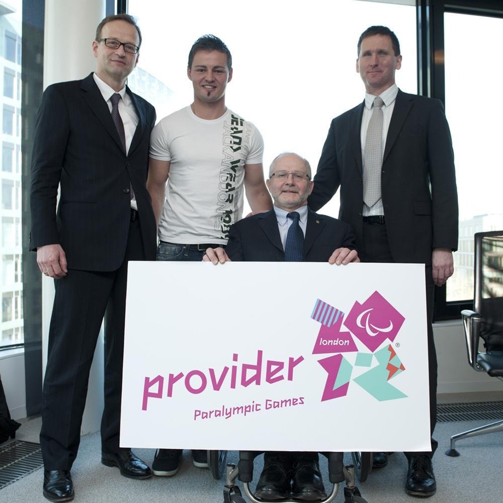 f.l.t.r.: Dr. Helmut Pfuhl (Otto Bock HealthCare), Heinrich Popow, Sir Phil Craven (IPC), Chris Holmes (LOCOG)