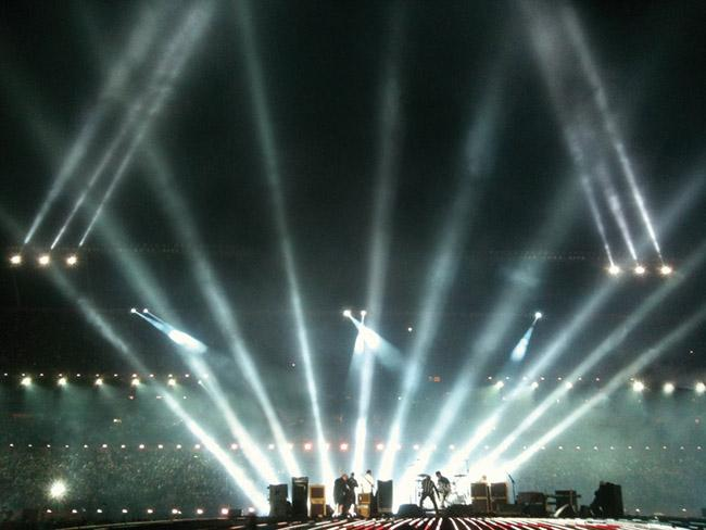 """Super Bowl XLIV Halftime Show with """"The Who""""; Photos: © A&O Lighting Technology GmbH"""