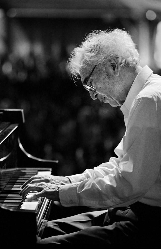 Jazz musician Dave Brubeck performing at the New Orleans Jazz & Heritage Festival 1999