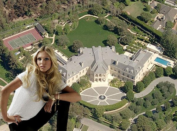 """Spelling's """"The Manor"""" bought by Petra Ecclestone"""